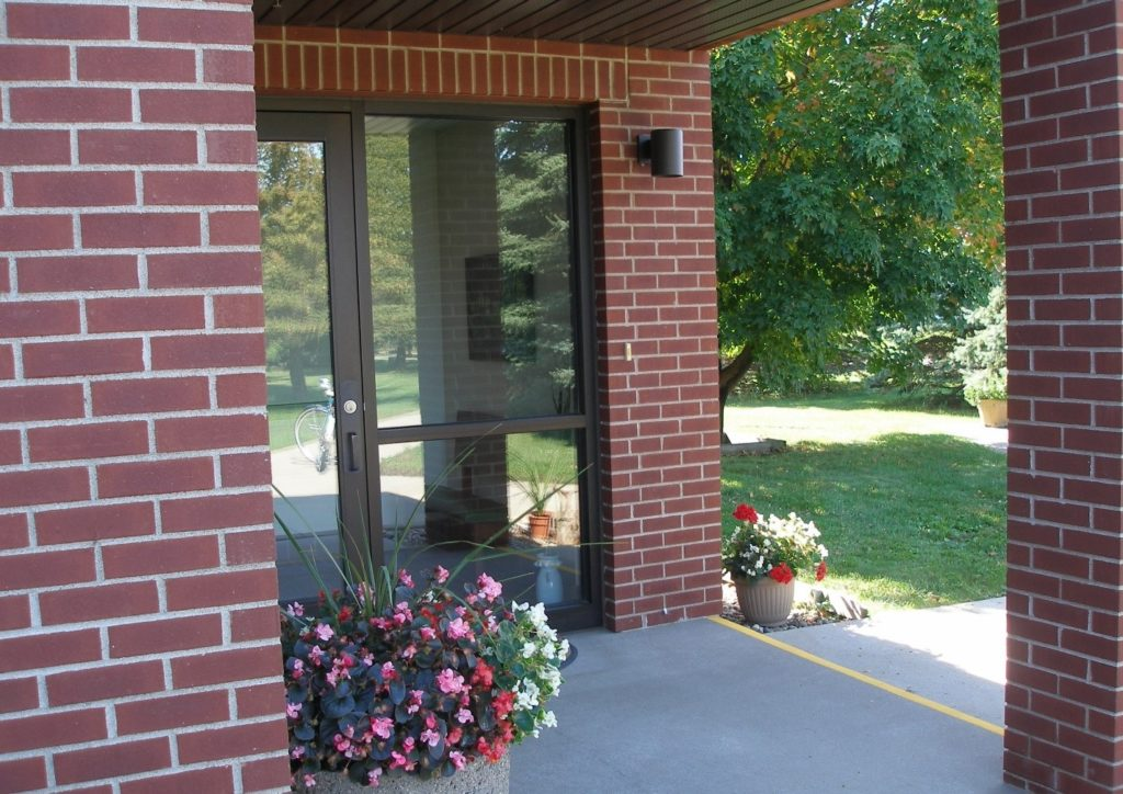 find a Benedictine retreat center
